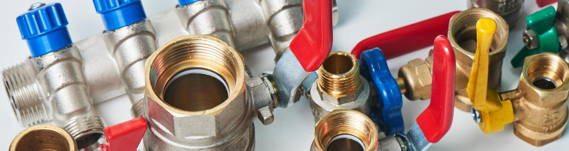 Set of sanitary valves
